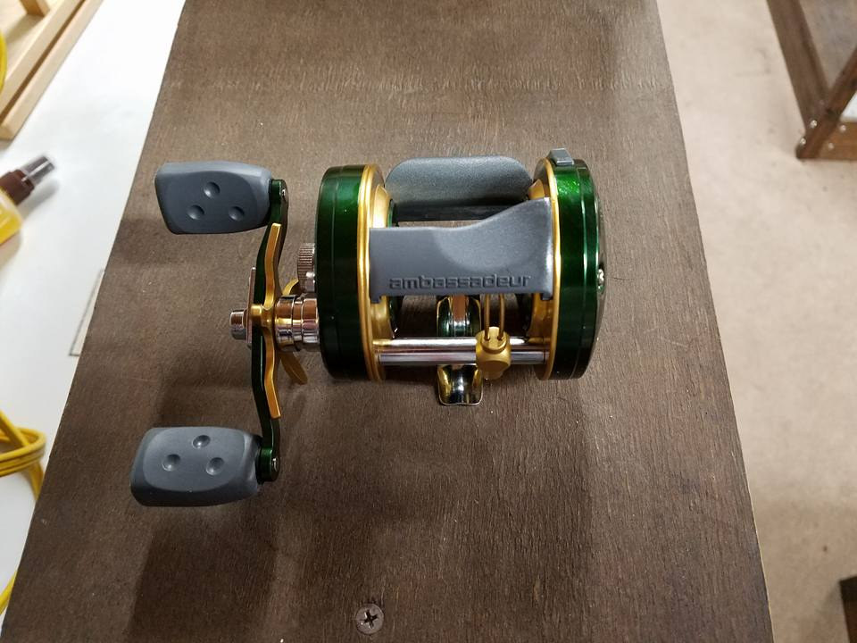 Limited Time Only…..Green and Gold GB Packers Abu Garcia C4 Musky Reel
